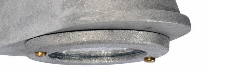 Wandlamp ruw aluminium
